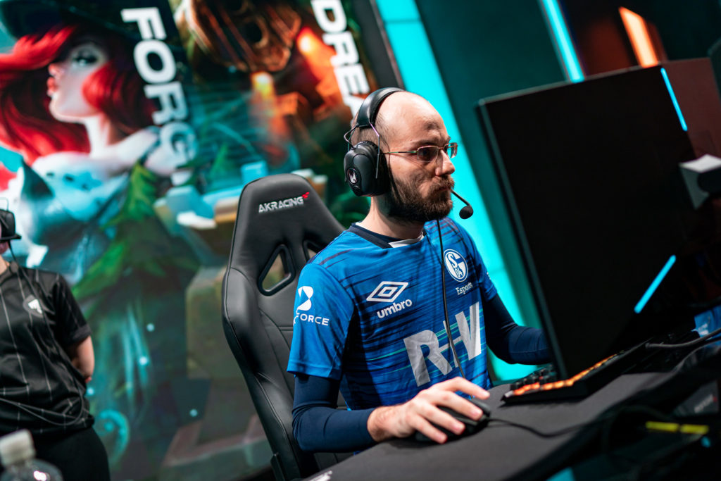 FORG1VEN says he stepped down from Schalke's roster due to team's unwillingness to make roster changes