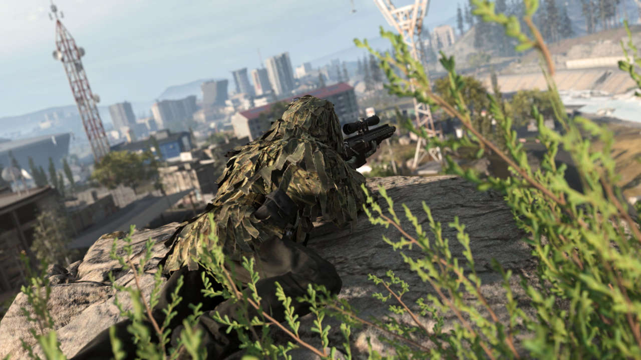 Call Of Duty: Warzone Player Cheats Death By Pretending It Already Got Him