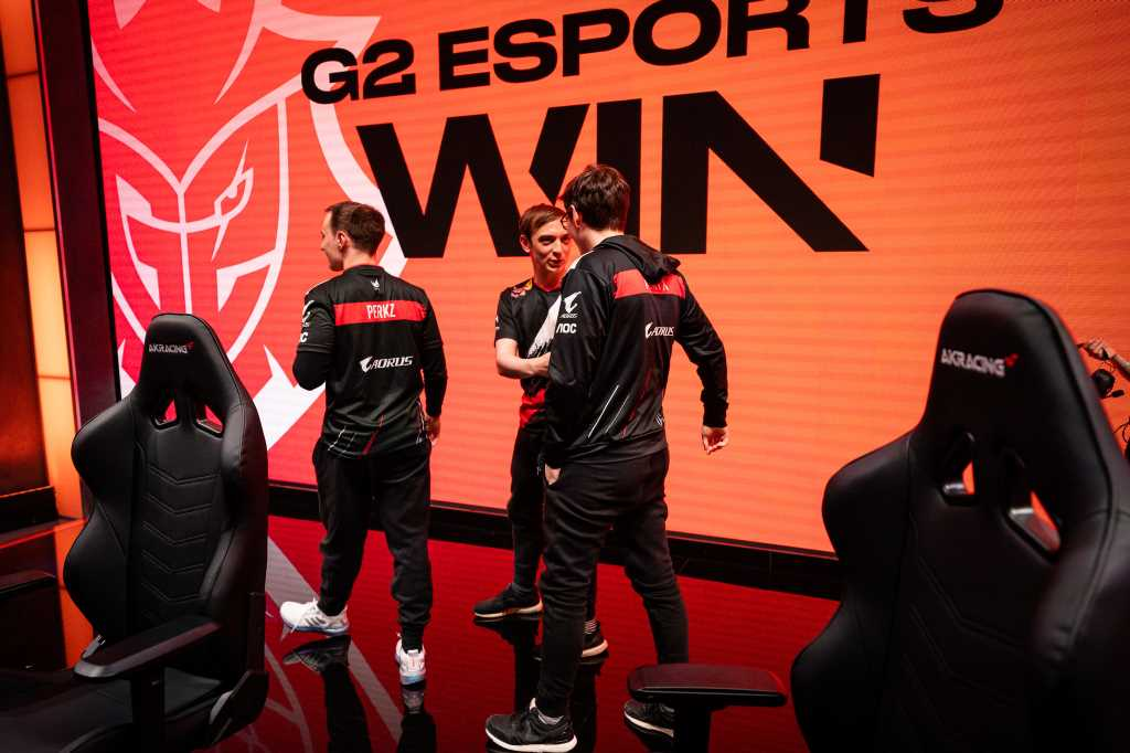 G2 Esports win eighth LEC title after sweeping Fnatic in 2020 Summer Finals