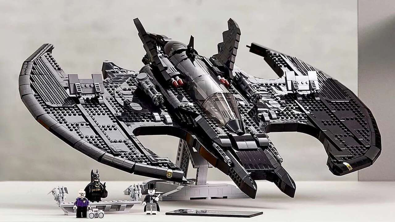 Lego Batwing From 1989 Movie Is Available To Preorder Now