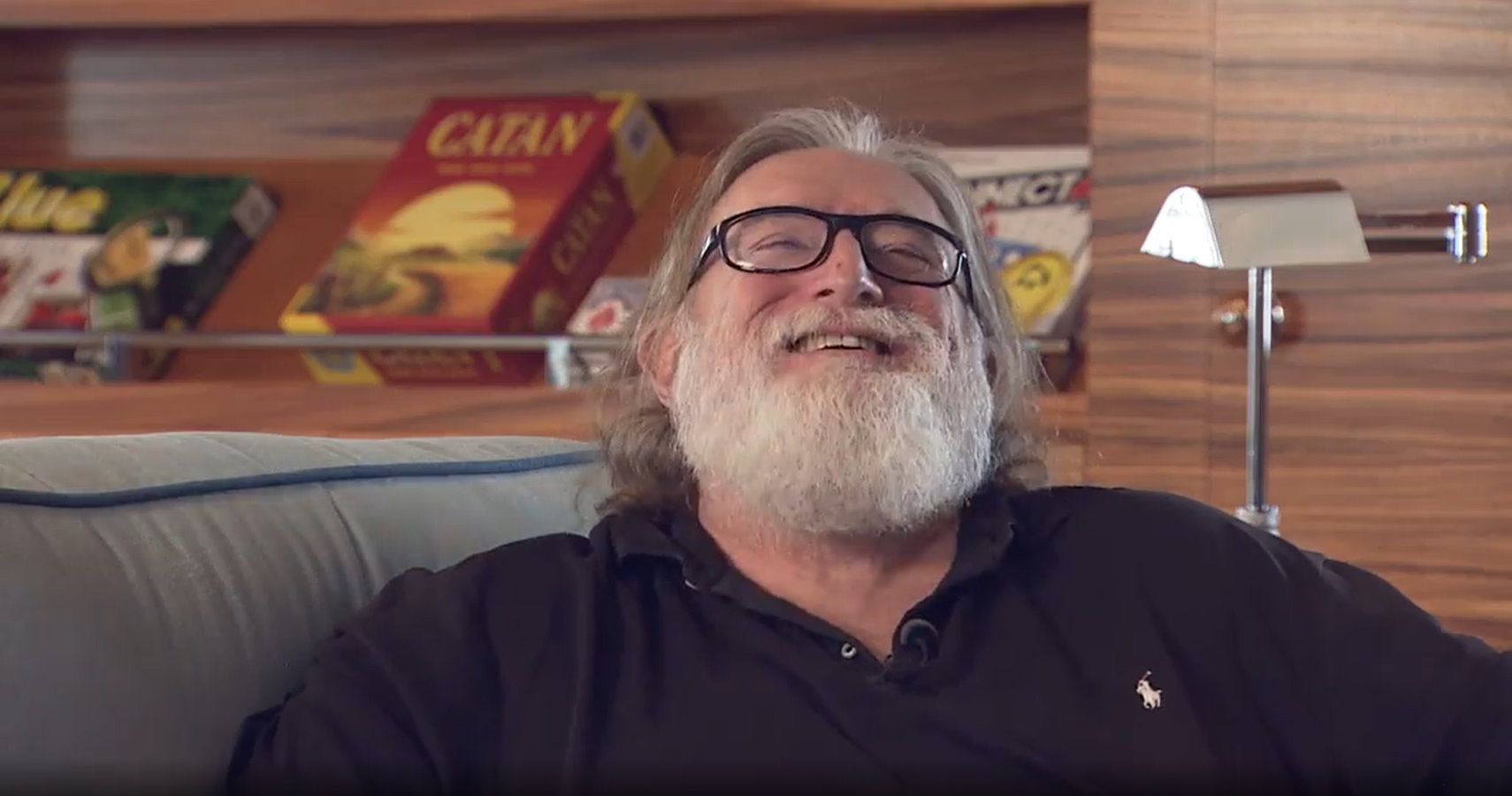 "Gabe Newell Has ""A Lot Of Sympathy"" For CDPR After Cyberpunk 2077 Launch"