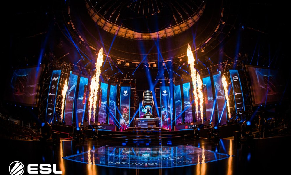 ESL announce studio setup events, a possible return to LAN and two non-DPC tournaments for 2021
