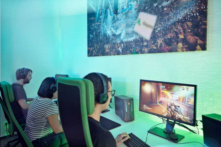 Bayes Esports: The legal shifts in 2021 tournaments' terms and conditions – Esports Insider