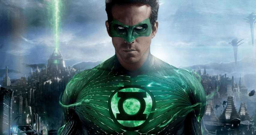 """Ryan Reynolds Hosted A Green Lantern Watchalong, Confirmed """"It Ain't A Tragedy"""""""