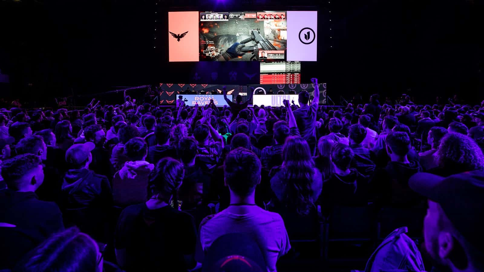 Call of Duty League Confirms Return To LAN In 2021
