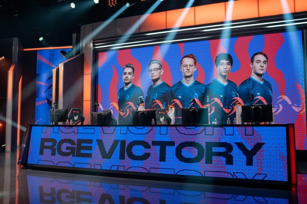 Rogue make history in 3-1 losers' bracket win over G2 Esports