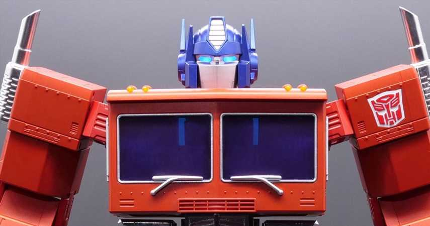 This $700 Optimus Prime Robot Can Transform Using Voice Commands
