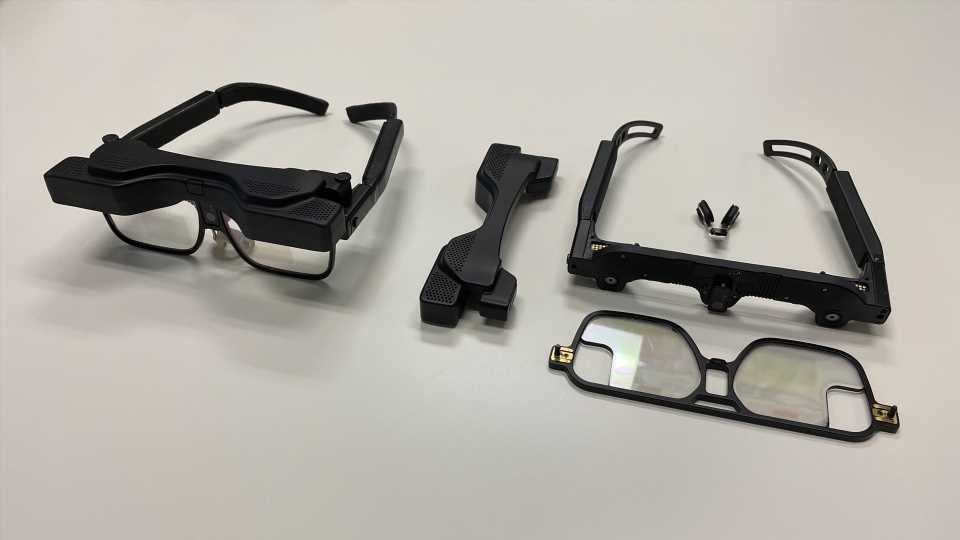 DigiLens is Building Modular AR Glasses to Accelerate Consumerization