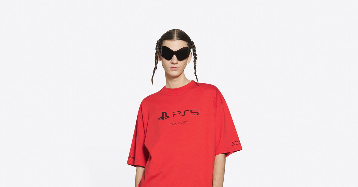 This PS5 T-shirt costs more than a PS5